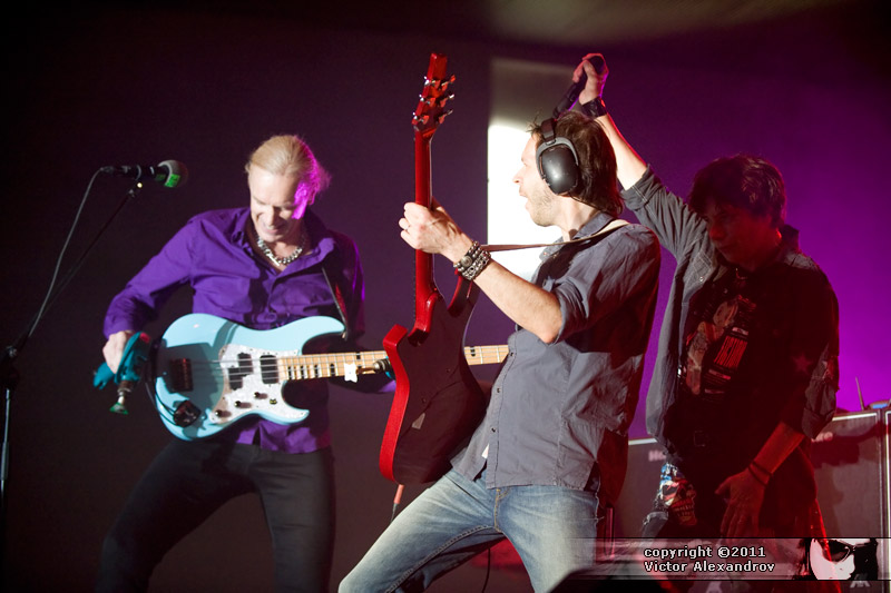 Billy Sheehan, Paul Gilbert & Eric Martin