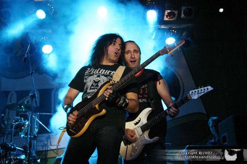 Dennis & Hadad