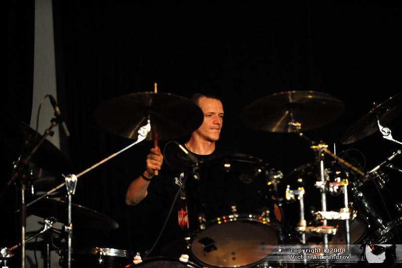 Neil Hutton