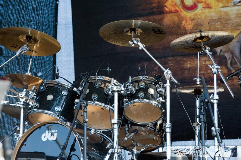 Korpiklaani drums