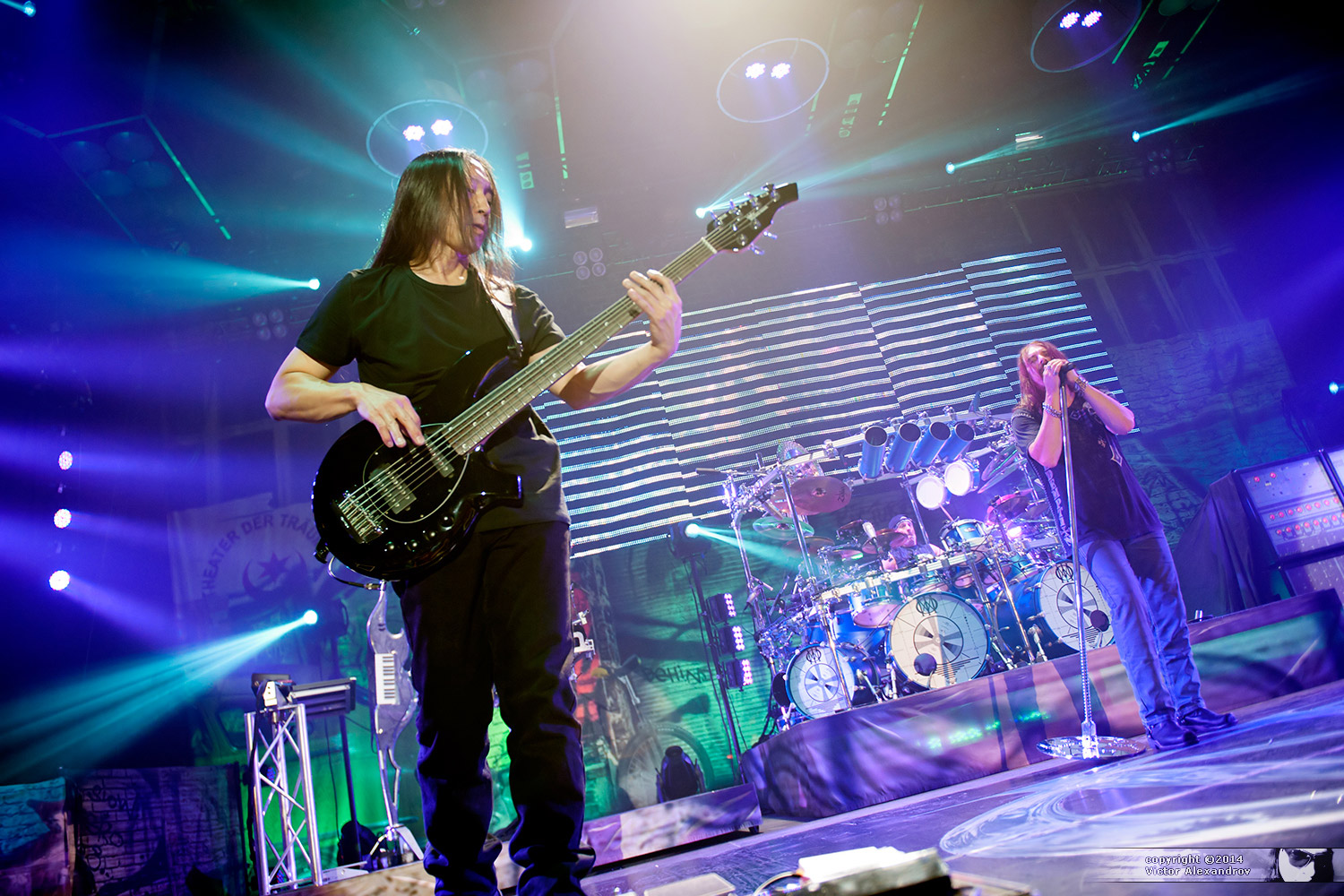 John Myung, Mike Mangini & James LaBrie
