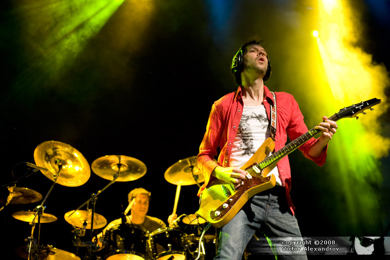 Paul Gilbert & Jeff Bowders