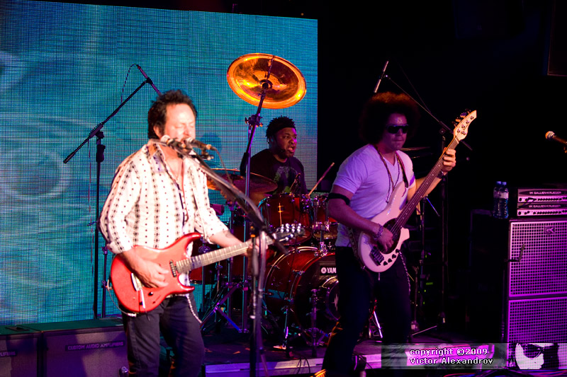 Steve Lukather, Eric Valentine & Carlitos Del Puerto